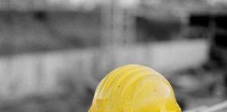Napoli, tragedia nel quartiere Vasto: operaio cade dal terzo piano e muore