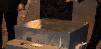 Posillipo: Rapina a cassa-bancomat. Inseguiti e bloccati dalla polizia