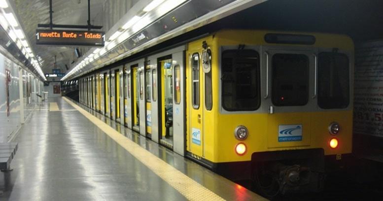 Metropolitana di Napoli: fra tratta limitata, treni in offic