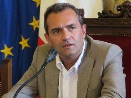 """Luigi De Magistris critica le autonomie: """"Secessione dei ricchi"""""""