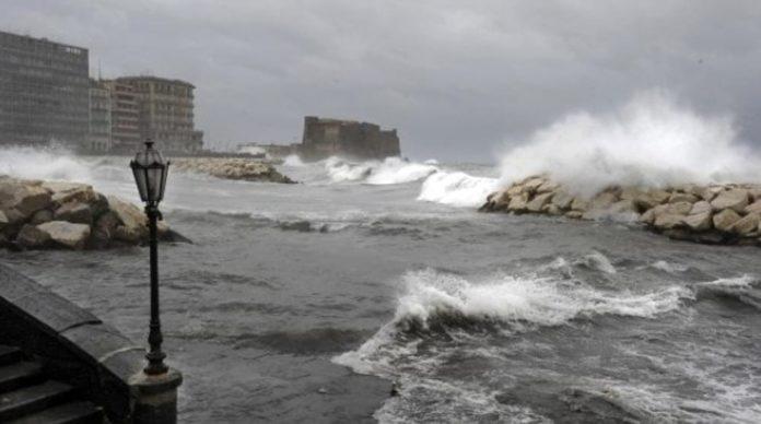 Venti forti: prorogata l'allerta meteo in Campania