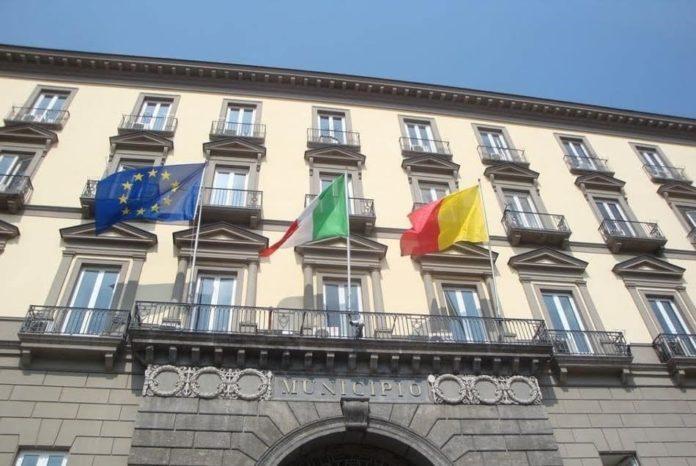 Comune di Napoli, ok al bilancio preventivo: varato il piano assunzioni