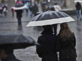 Meteo Campania, da lunedì tornano nuvole e piogge