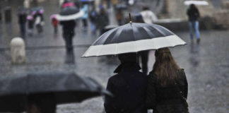 Meteo Campania, da venerdì tornano le piogge in vista del weekend
