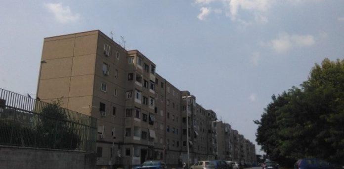 Afragola, rione Salicelle: presidio dei residenti per le case popolari