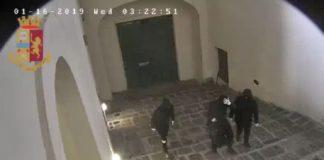 Napoli: arrestata la banda che aveva rubato 111 ipad al Suor Orsola Benincasa