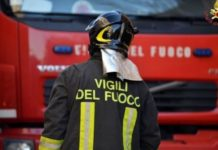 Napoli, voragine in via Petrarca: Deviato traffico e bus