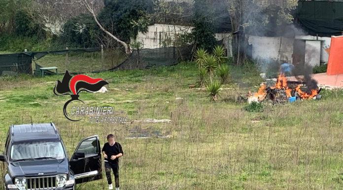 Sant'Anastasia: Incendio di rifiuti illeciti. Arrestato in flagranza un 55enne