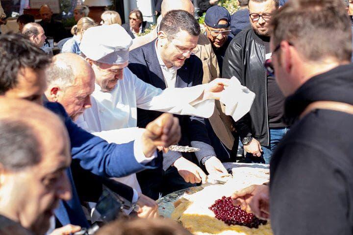 Festa di San Giuseppe: Al Gambrinus arriva la maxi Zeppola