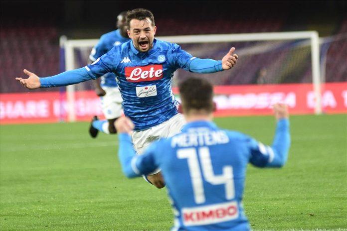 Calcio Napoli distratto ma concreto: 4-2 all'Udinese