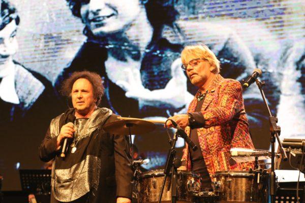 """""""Je sto vicino a te 64"""", al Palapartenope 4.500 persone in platea e tanti artisti"""