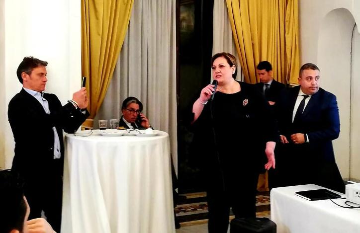 """A Villa Domi l'evento """"La finanza sostiene il decollo A.p.e"""""""