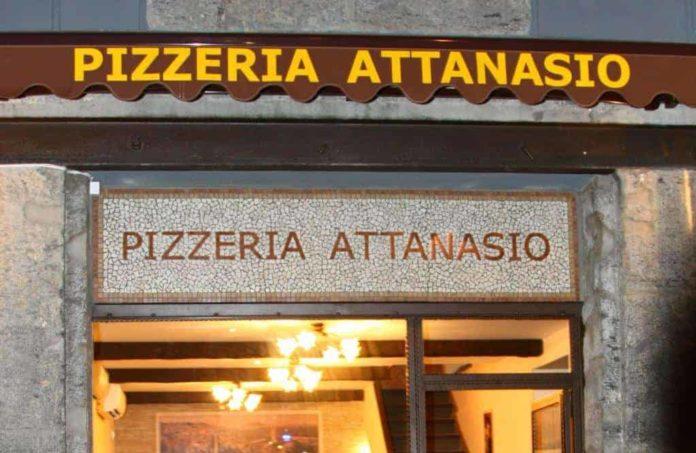 Napoli, vari raid in via Tribunali: rubati gli incassi di tre pizzerie