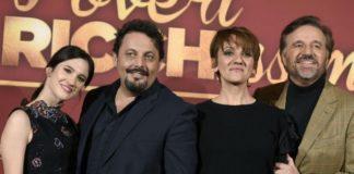 """Anticipazioni tv, i film di venerdì 29 marzo: """"Poveri ma ricchissimi"""""""