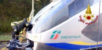 Altavilla Irpina, incendio su un treno: paura tra i passeggeri