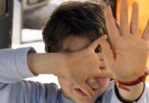 Salerno, bimbo segregato dai genitori per 3 anni: salvato dall'adozione