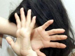 Cava de' Tirreni, tenta di violentare una 16enne: denunciato ma libero