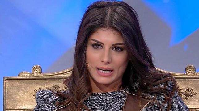 Uomini e Donne, Giulia Cavaglià replica con rabbia alla critiche su Instagram