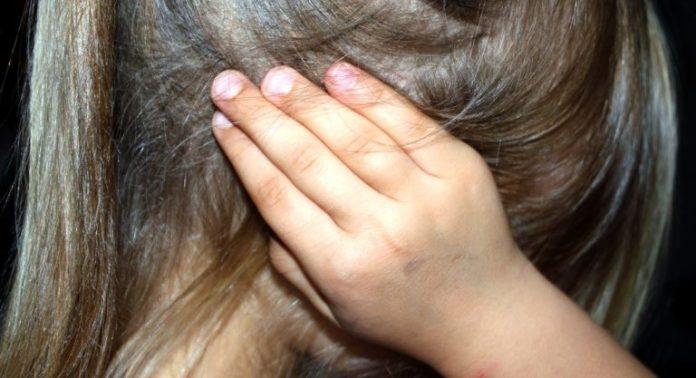 Bimba rom di 4 anni violentata a Napoli, si indaga sulla famiglia