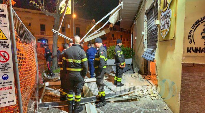 Incubo racket a Giugliano, bomba devasta bar nella notte