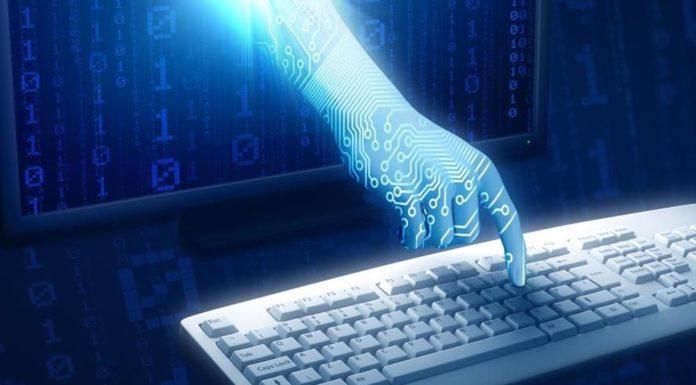 Software Exodus, 4 indagati a Napoli: rubati i dati di centinaia di utenti