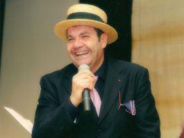 Le nostre canzoni: Flavio Fierro in concerto al Club 55 di via Toledo