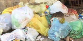 Napoli, il quartiere Fuorigrotta tra rifiuti e topi: la rabbia dei cittadini