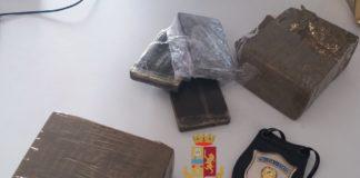 Cronaca di Napoli: aveva 2 chili di hashish in auto, arrestato