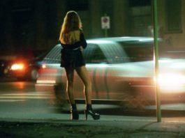 Eboli, ordinanza anti prostitute: multe anche per i clienti