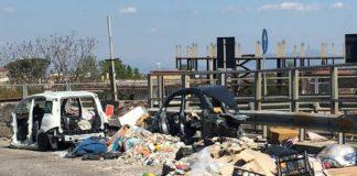 Napoli: ancora emergenza rifiuti a Ponticelli e sull'Asse Mediano