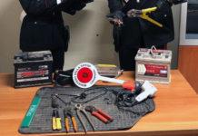 Napoli, Capodimonte: Arrestati due uomini sorpresi a rubare auto. I NOMI