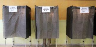 Foto alla scheda dentro la cabina elettorale: due denunce nell'Avellinese e nel Sannio