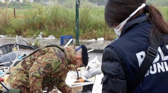 Ponticelli, rifiuti speciali in via Argine: sequestrata una discarica abusiva