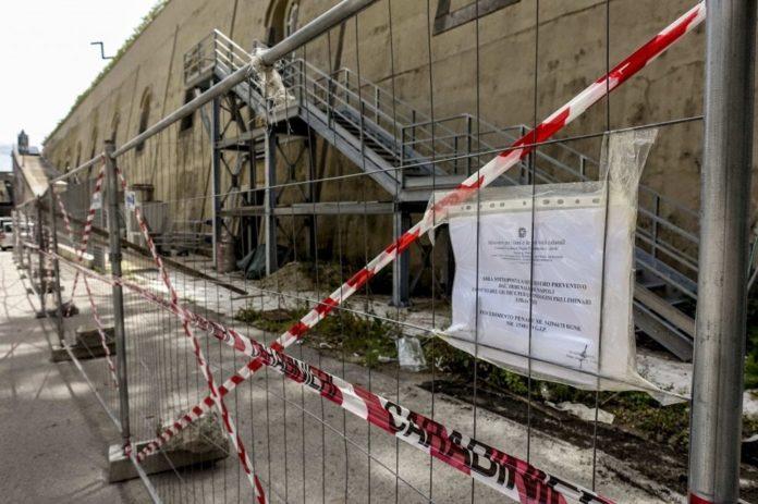Palazzo Reale, sequestrato ex galoppatoio: era diventato un parcheggio abusivo