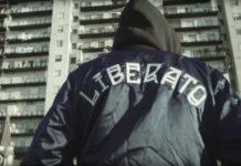 """Il ritorno di Liberato a Napoli: sabato 25 maggio evento del cantante """"senza volto"""""""