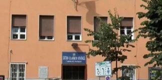 Napoli, odore chimico da lavori allo stadio Collana: evacuato il liceo Pansini