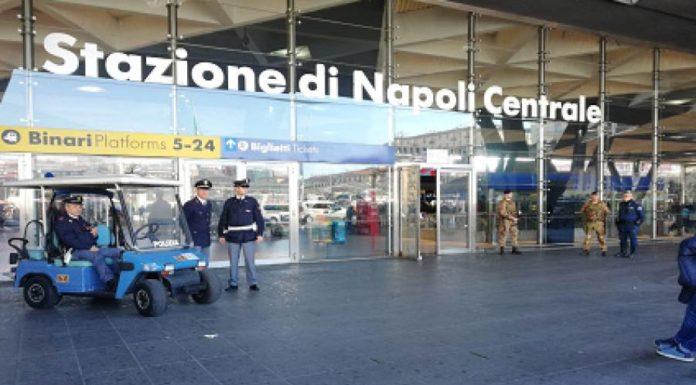 Coronavirus, controlli all'arrivo a Napoli del treno proveniente da Milano