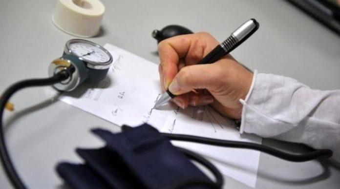 Cure prescritte a pazienti morti per gonfiare i compensi: 6 medici a processo