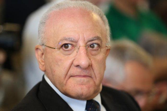 """De Luca sfida la Lega in vista delle Regionali: """"Tra un anno si saranno ammosciati"""""""