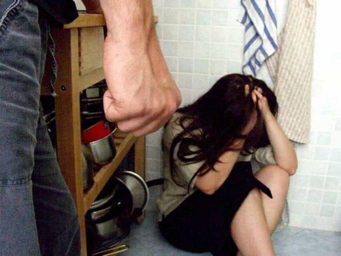 Avellino: 46enne litiga con la moglie e la minaccia di darle fuoco