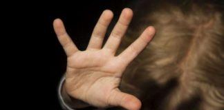 Alunni legati alle sedie: condannata una maestra d'asilo nel Casertano