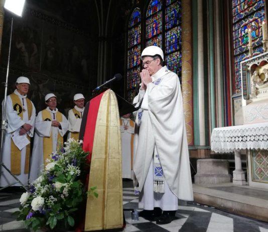 Notre-Dame, celebrata la prima messa a due mesi dall'incendio