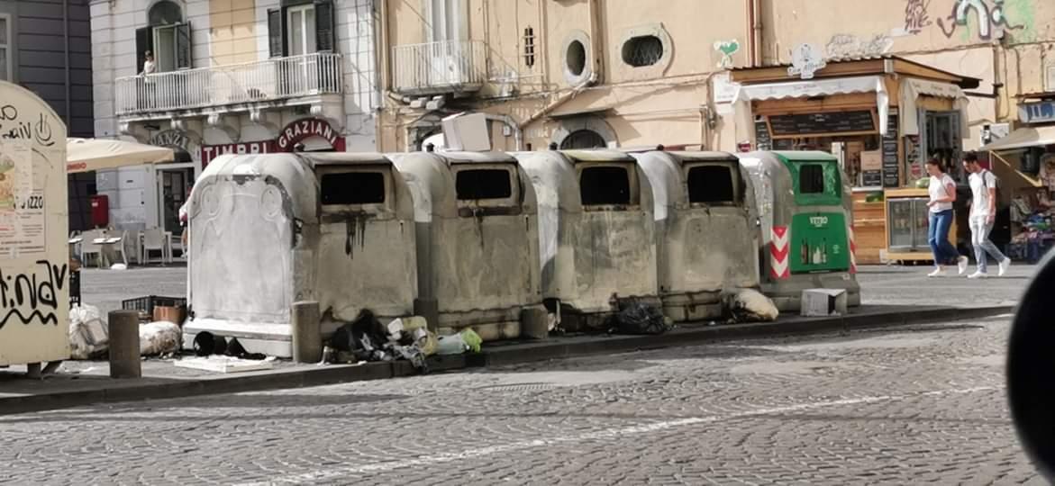 Rifiuti, difficoltà dello stir: è ancora emergenza in più zone di Napoli