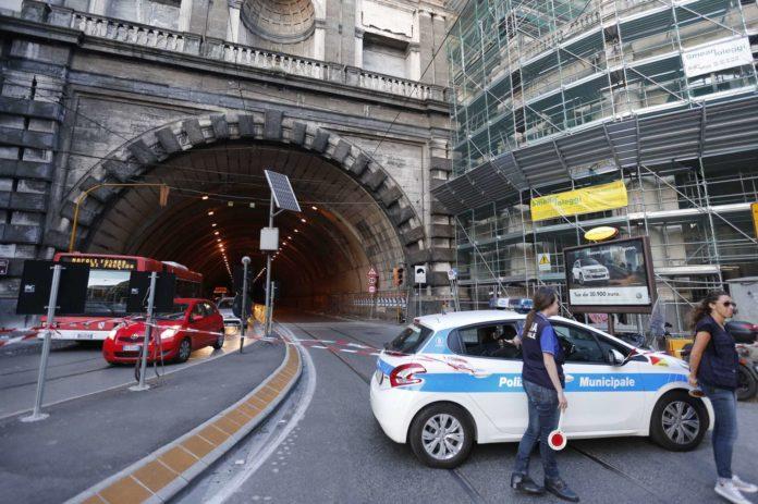 Napoli, Galleria Vittoria: Nuovo dispositivo di traffico per lavori