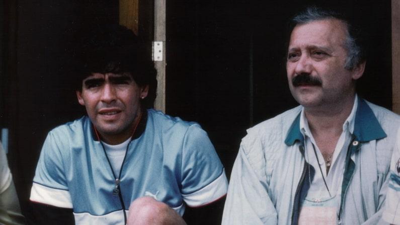 Ho visto Maradona… in tv, sui giornali, sui libri e al museo