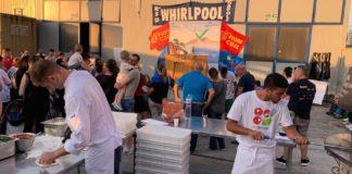 Whirlpool: solidarietà per i lavoratori dal Napoli Pizza Village