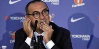 """Sarri apre alla Juve: """"Potrei passare dalla tuta alla cravatta"""""""