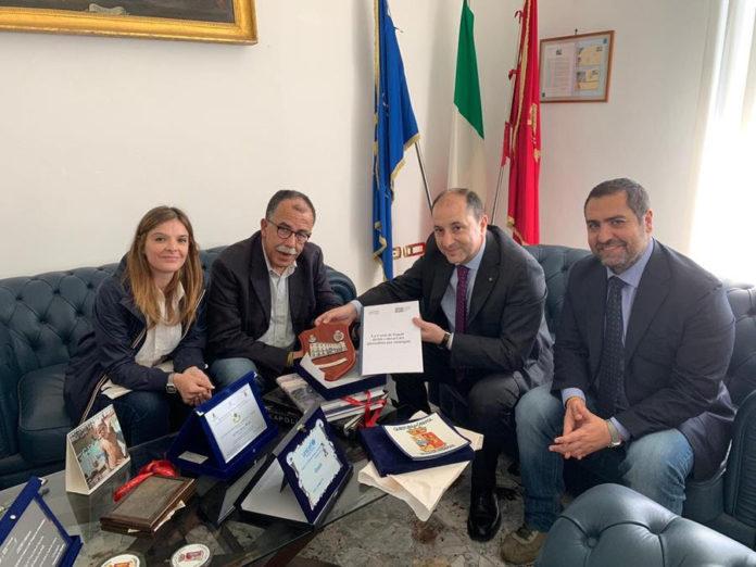 Caserta: Il questore firma la Carta di Napoli: