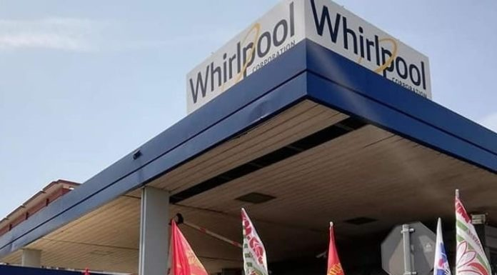 Whirlpool: nuovo blocco stradale da parte dei lavoratori in via Argine