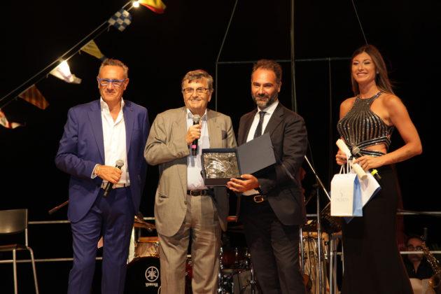 Premio Napoli c'è, consegnati i riconoscimenti nella splendida cornice del Bagno Elena